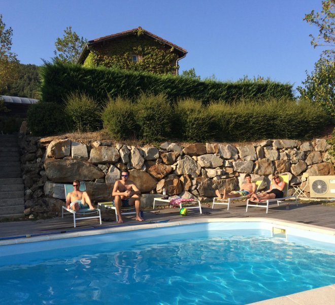 Hybrid-zwembad-teambuilding